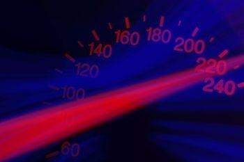 Cuentakilómetros. Los plugins de caché en WordPress permiten aumentar la velocidad.